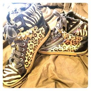 Michael Kors Authentic HighTop Animal Print shoes